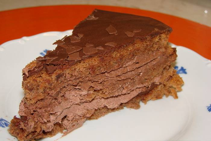 cokoladna-pjenasta-torta