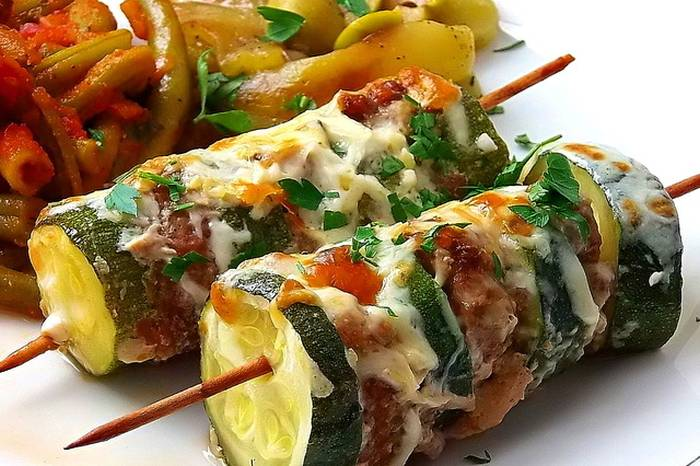 kebab-s-tikvicama