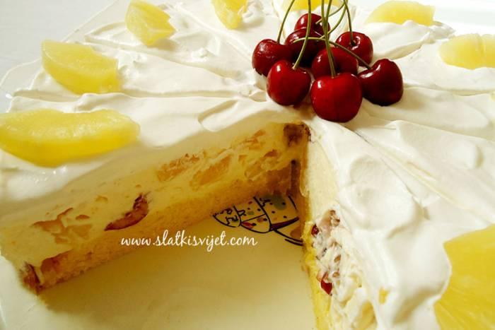 Ananas torta s trešnjama