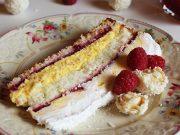 Raffaello torta s malinama i bijelom čokoladom