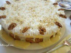 Torta s orasima i bijelom čokoladom