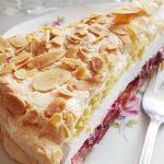 Torta s bademima i višnjama