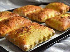 Punjeni jastučići sa šunkom i sirom
