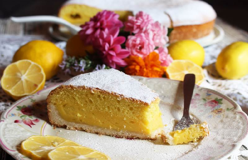 Troslojni kolač od limuna: Zahtijeva više vremena, ali trud se i te kako isplati