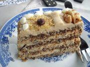 MOKA TORTA SA ORASIMA I RUMOM: Ako su vam dosadili čokoladni i voćni deserti...